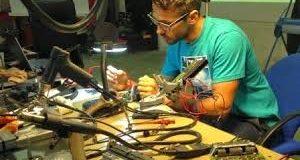 354-Empresa industrial, fabricante de equipos y sistemas electrónicos requiere